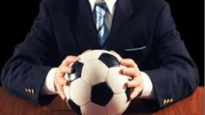 intermediário-de-jogador-de-futebol